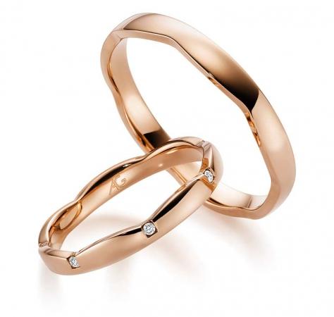 333er Rotgold Trauringe - Hochzeitsringe in außergewöhnlicher Goldfarbe