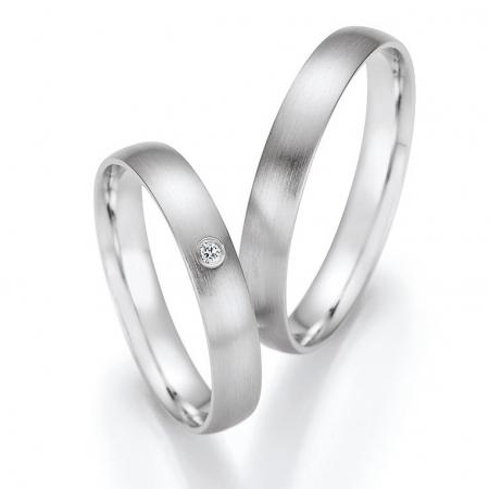 Trauringe aus Weißgold matt - beliebte Ringe für moderne Paare