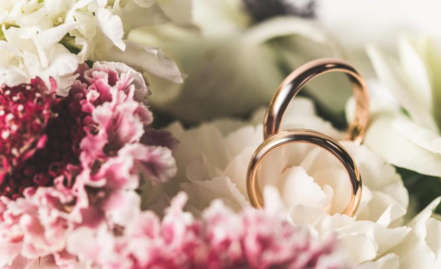 Hochzeitsringe Formen Farben Und Oberflachenstrukturen